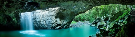 Springbrook - natural bridge ...Burrigan